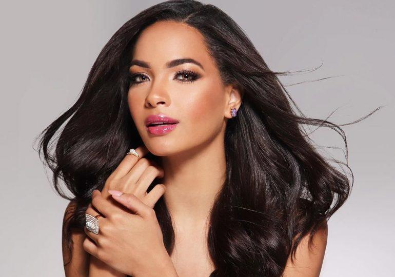 Kimberly Jiménez presenta traje típico para representar a RD en Miss Universo