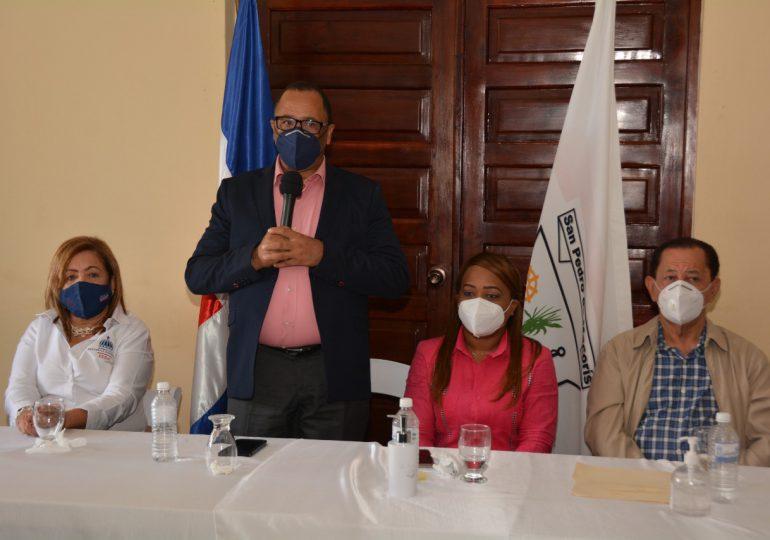 FEDA e Idecoop financiarán 538 proyectos cooperativos agrícolas por RD$4,000 millones