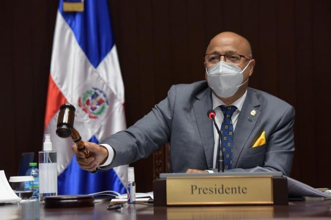 VIDEO | Fuerzas políticas bajaron línea para que sus legisladores voten contra las tres causales, asegura Alfredo Pacheco