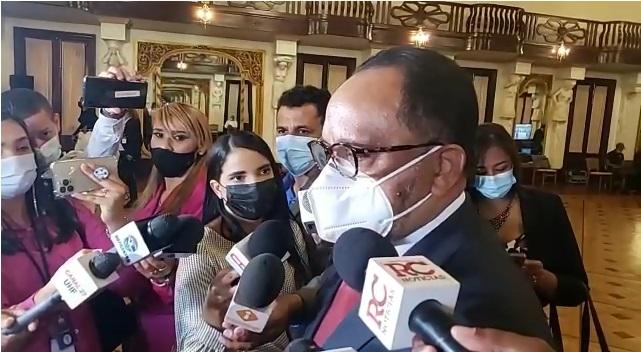 """VIDEO   """"No se puede hablar de referéndum sin una ley que lo regule"""", dice consultor jurídico del Poder Ejecutivo"""