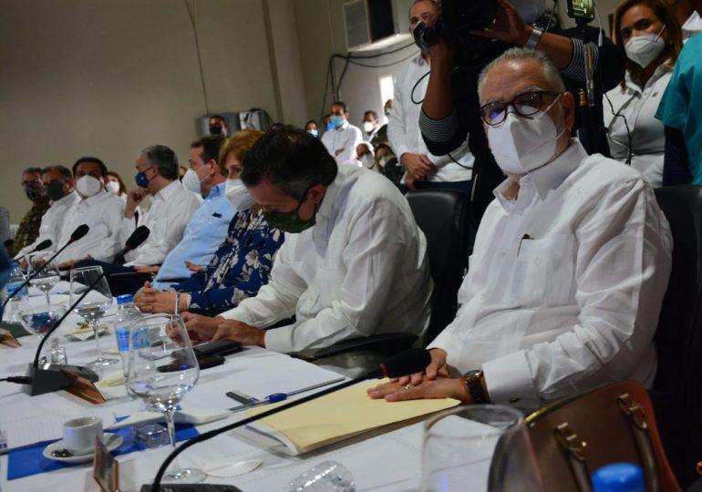 Ministerio de Economía informa intervención de 77 municipios y 24 distritos municipales con proyectos de desarrollo