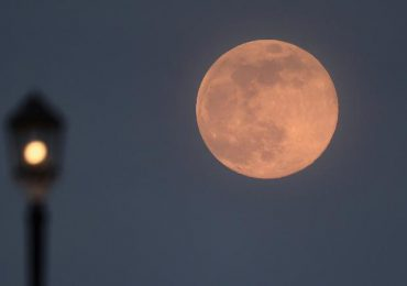 Luna llena en abril de 2021: ¿Cuándo ver la superluna rosa?