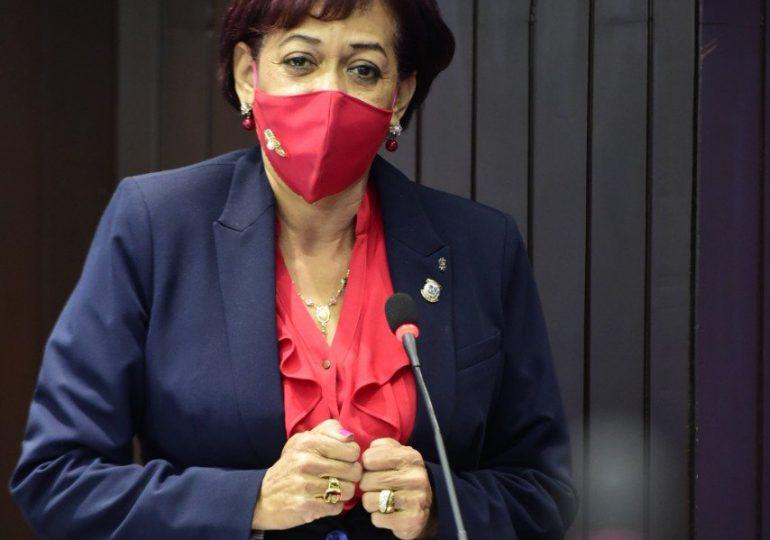 Diputada Dulce Quiñones dice defiende derecho a la vida desde su concepción