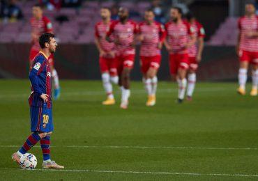El Granada arruina la fiesta a un FC Barcelona que deja escapar el liderato