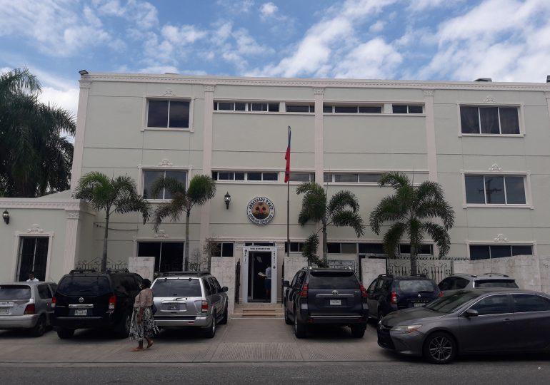 Más de 15,000 personas obtuvieron la cédula de identidad haitiana a través de Embajada en RD