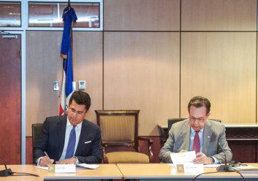 Ministerio de Turismo firma acuerdo con Banco Central