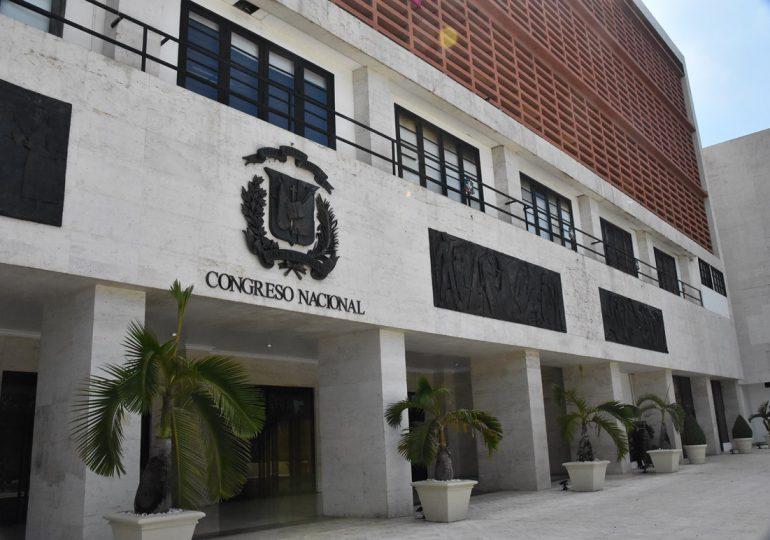 Llueven críticas contra diputados del PRM por ser  mayoría en aprobación del Código Penal sin causales
