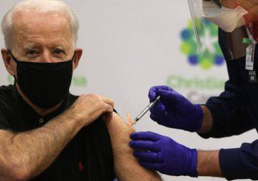 Biden anunciará que todos los adultos de EEUU podrán vacunarse antes del 19 de abril
