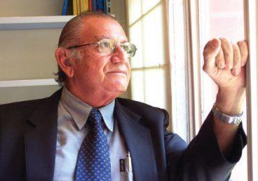 Abinader declara este lunes día de duelo nacional por muerte del escritor Marcio Veloz Maggiolo