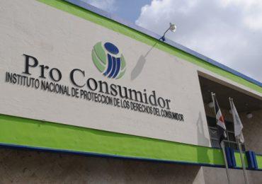 Pro Consumidor formaliza proceso judicial contra negocios clausurados ante Procuraduría