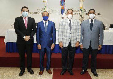 Contralor Catalino Correa insta a auditores a agilizar procesos de aprobaciones de pagos