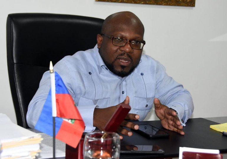 Embajador de Haití felicita a los periodistas dominicanos por el Día Nacional del Periodista