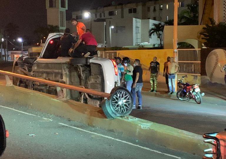 Se registra accidente en  Expreso V Centenario