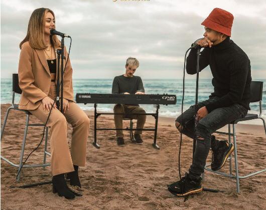 """Honey"" Acoustic lo nuevo de Joanna Crass Feat DCS"