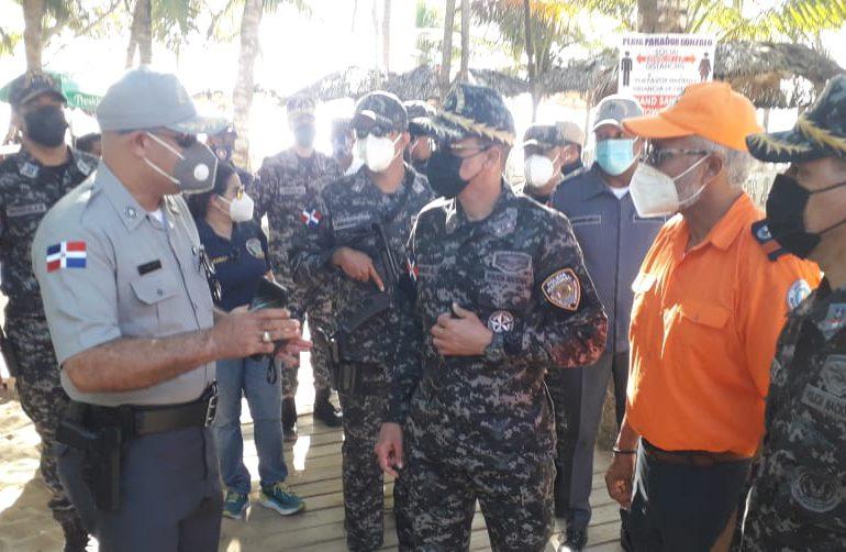 Investigarán denuncia de que agentes de tránsito cobrarían peajes en Boca Chica