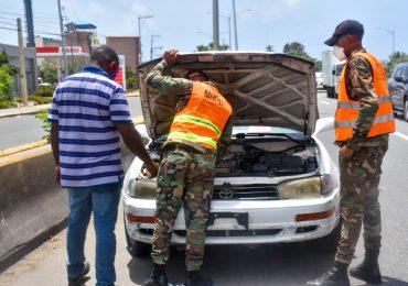 COMIPOL reporta comisión militar asistió a 10,164 conductores en operativo de Semana Santa