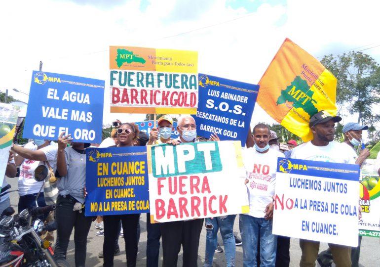 Solicitan al presidente Abinader pronunciarse sobre la presa de cola en Cuance de Yamasá
