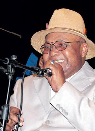 Diputados aprueban reconocimiento póstumo a Cheché Abreu