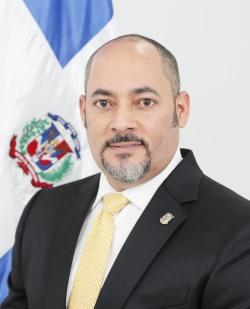 Diputado de La Romana solicita la instalación de un Cuerpo de Bomberos en el Distrito Municipal Caleta