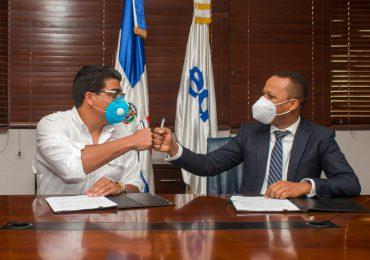 VIDEO | Entidades acuerdan mejorar  sistemas de suministro y bombeo de agua en el Gran Santo Domingo