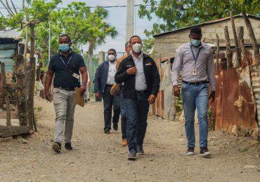 VIDEO | Edesur electrifica sector Las Yayitas después de 40 años de espera
