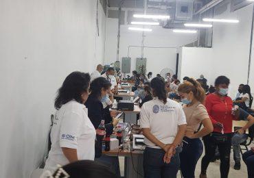 Venezolanos en RD inician proceso de normalización de su estatus migratorio