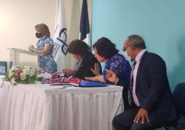"""CDP reconoce a destacados periodistas con la """"Medalla al Mérito"""""""