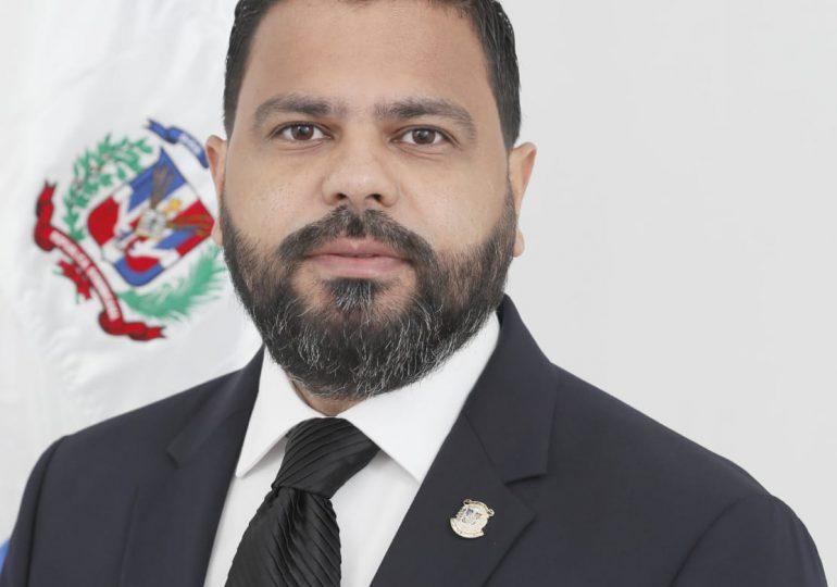 Diputado Leonardo Aguilera propone elevados para la provincia de Santiago