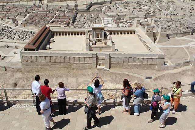 Israel anuncia la reapertura del turismo de grupos