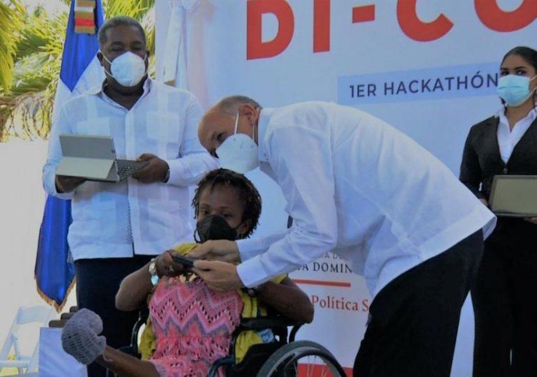 Celebran primer Hackathón Di-Commerce dirigidos a personas con discapacidad