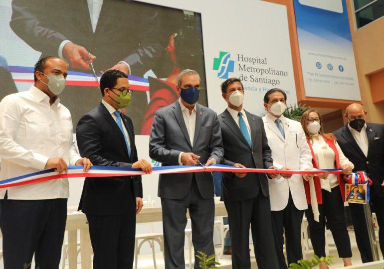 Presidente Abinader inaugura 106  habitaciones en el HOMS