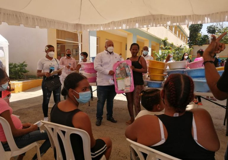 Hospital Moscoso Puello realiza operativo médico a Capotillo