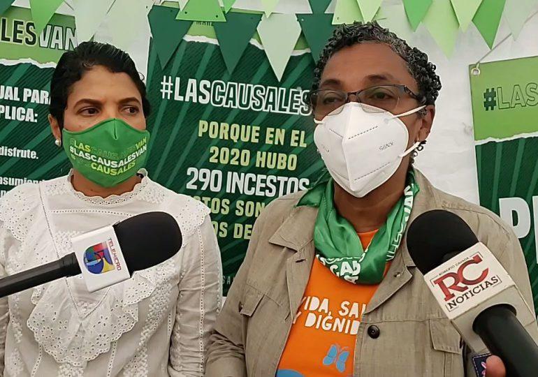 Activistas a favor de tres causales rechazan referéndum propuesto por Abinader
