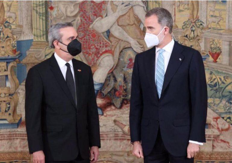 Abinader sostiene encuentro con el Rey Felipe VI de España previo a la XXVII Cumbre Iberoamericana