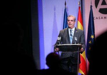 Presidente Abinader detalla a empresarios españoles los factores para invertir en la RD