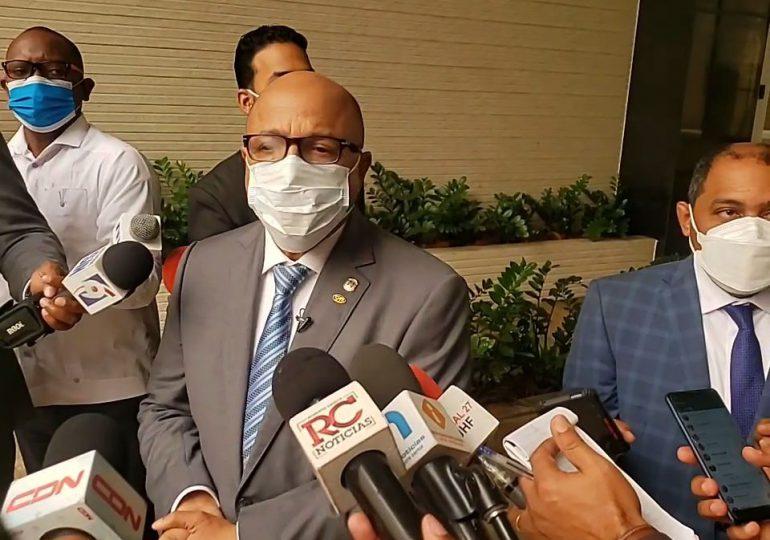 Presidente de Cámara de Diputados deploró la manera que PN desalojara mujeres frente al Congreso