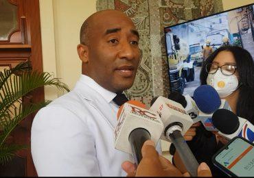 Video | Regidor del Distrito Nacional renuncia al PLD y pasa a la Fuerza del Pueblo