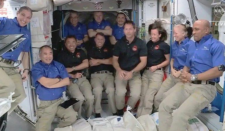 La Estación Espacial Internacional tiene 11 astronautas, la mayor cantidad en más de una década
