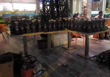 VIDEO | Ocupan 117 hookahs y nueve máquinas tragamonedas en colmados y centros de diversión de SDE