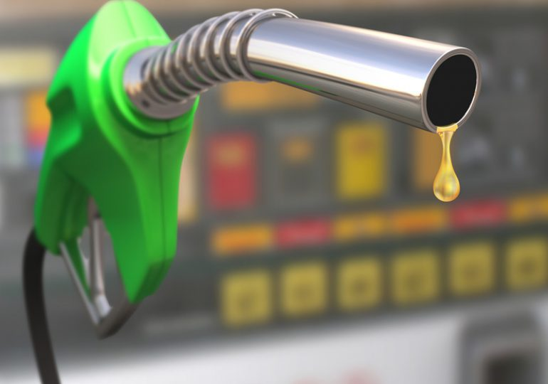 Congelan precio de todos los combustibles