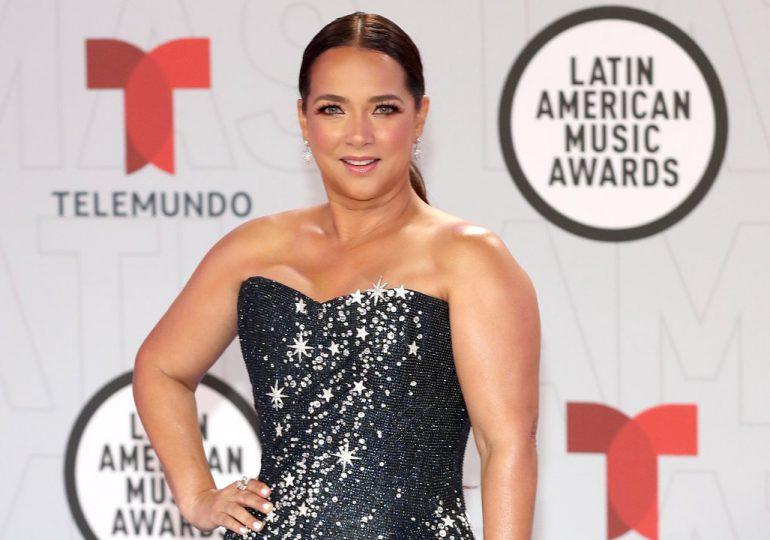 El minivestido con el que Adamari López arrasó en los Latin American Music Awards 2021