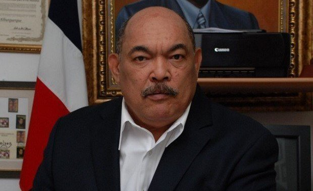 Ramón Alburquerque afirma AFPs ganarán 160 mil millones de pesos entre 2020 al 2030
