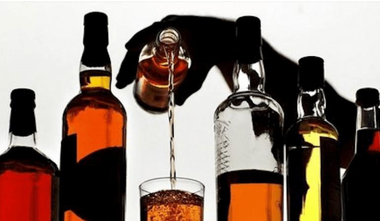 Asociaciones empresariales llaman a erradicar los alcoholes ilegales