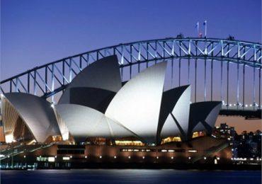 Australia amenaza con la cárcel a viajeros procedentes de India