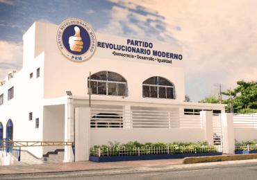 PRM felicita a periodistas en su día