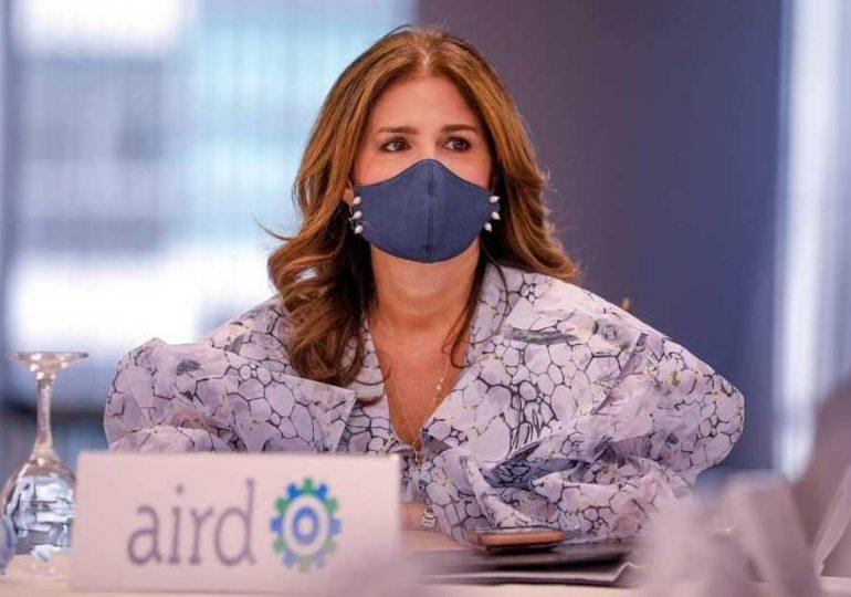 """AIRD anuncia ganadores del premio Periodismo Industrial """"George Arzeno Brugal"""""""