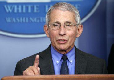 Vacunación con Johnson & Johnson debe retomarse próximamente en EEUU, dice Fauci