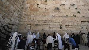 Semana Santa: ¿por qué las fechas cambian cada año? (y en qué se diferencian la Pascua cristiana y la judía?