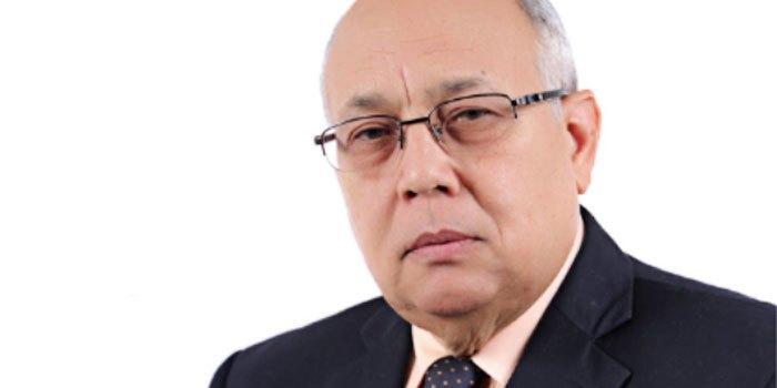 Exministro de Salud Pública Erasmo Vásquez en cuidados intensivos por COVID-19