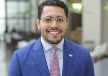 Yuri Enrique anuncia sus aspiraciones a la Secretaría de Juventud del PLD